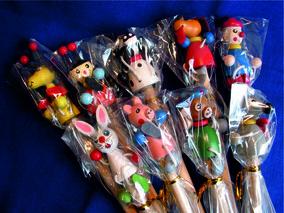 Bleistifte mit Holzfiguren