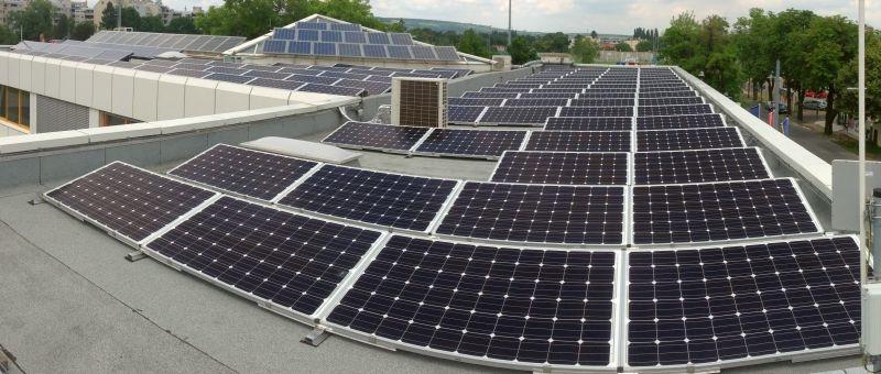 Erweiterte Photovoltaikanlage im Jahr 2014